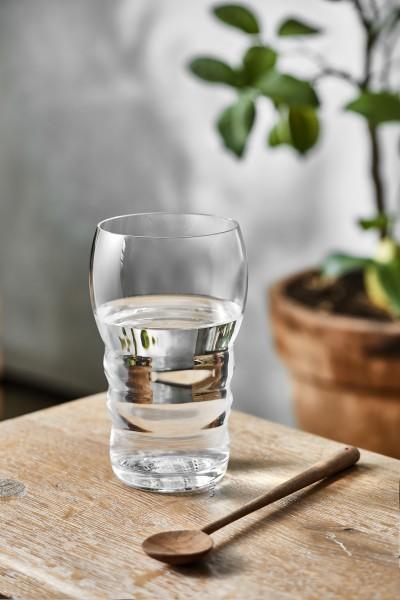 Trinkglas mit goldener Lebensblume im Glasboden